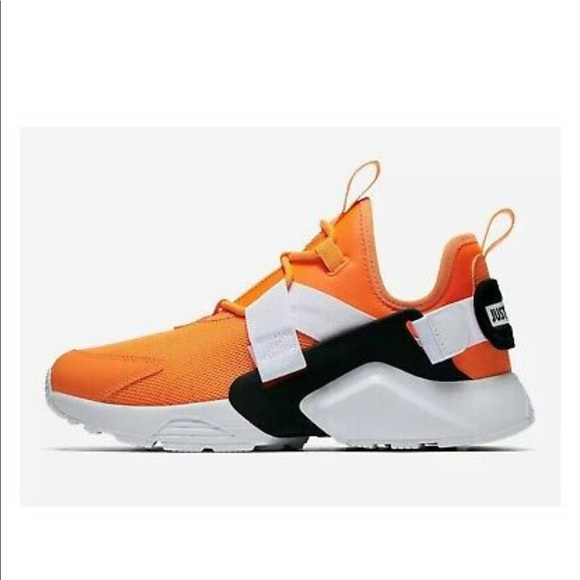 Nike Shoes | Nike Air Huarache City Low